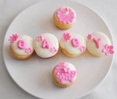 粉色小蛋糕图片