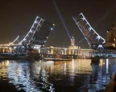新世纪开启百年老桥图片