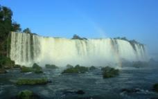 巴西瀑布风景图片