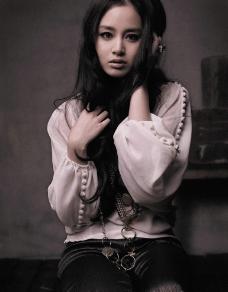 韩国美女 金泰熙 个性写真图片