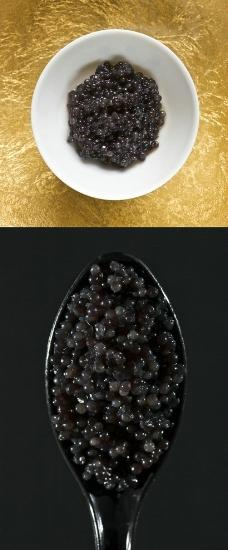 黑鱼子酱图片