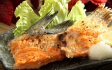七味三文鱼刺骨图片