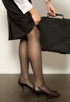 手提公文包看划破商务的性感性感帅哥美腿长袜十大中国图片美女图片图片