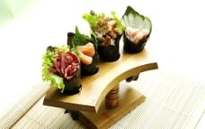 手卷寿司图片