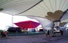 世博轴中的中国馆图片