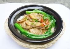 咸鱼肉片煲仔饭图片