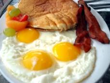 培根鸡蛋图片