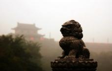 西安城墙外的狮子图片