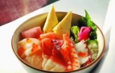 日本料理 海鲜饭图片